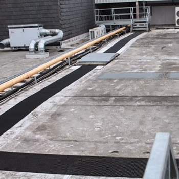 Why choose Crossgrip Walkway Matting?